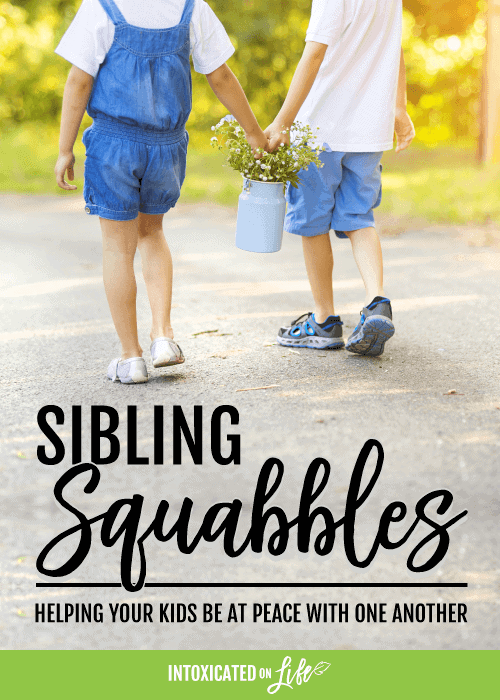 SiblingSquabbles-HelpingYourKidsBeAtPeaceWithOneAnother