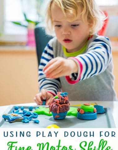 Using Play Dough to Develop Fine Motor Skills